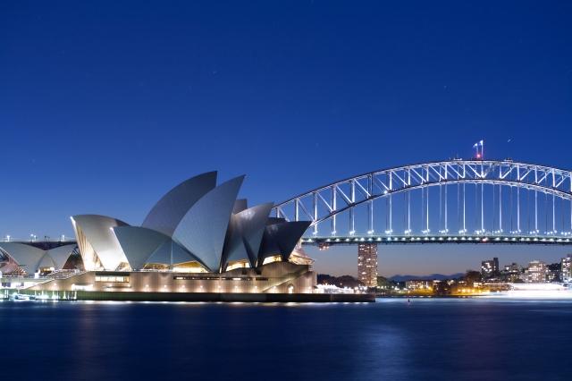 Sydney_opera_house_2010