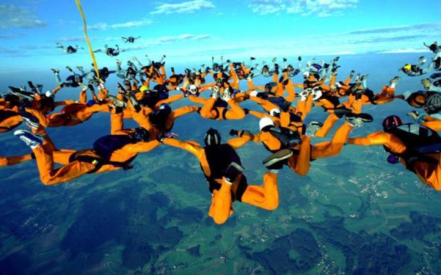 Sky_Divers