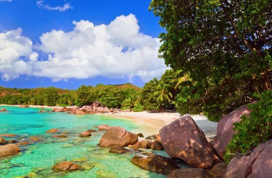 praslin-island-seychelles