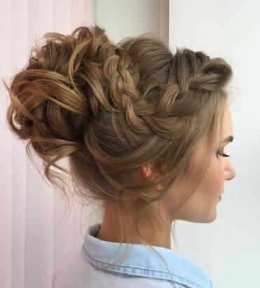 6-curly-messy-bun-with-a-braid