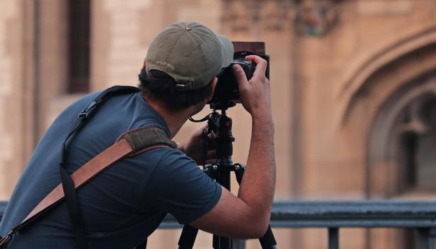 photographer-3672010_960_720